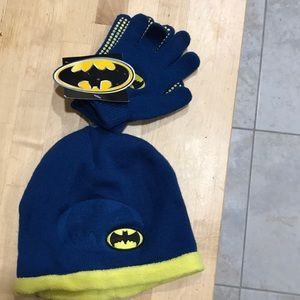 🎁2 for $20 NWT Batman gloves and hat
